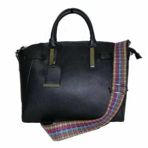 Bolsa Preta Transversal com Alça Fashion